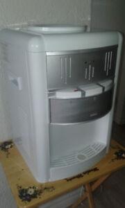 Machine a eau ( distributeur )