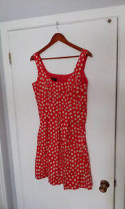 3 Women's Size Large Dresses and Top