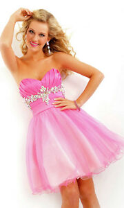 GRADUATION PROM DRESS TO A BEAUTIFUL GIRL IN NEED