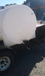 500  gallon transport tank for water