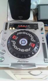Pioneer cdjs set two and nemark mixer with effects