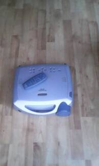 Infocus projector multimedia comes with extras. Good Condition