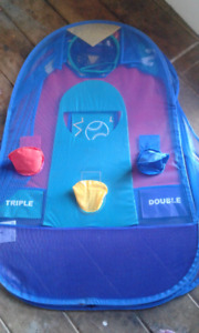 Childrens toss Game