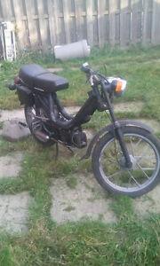 1978 piaggio vespa moped