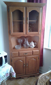 Dining table, 6  chairs and ext. matching corner cabinet.