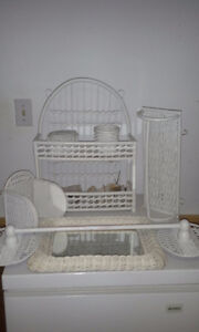7 piece bathroom wicker set
