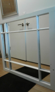 Large Mirror for a flexible space