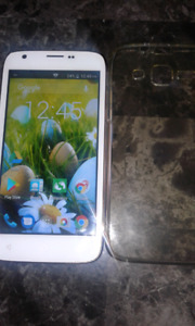 White Polaroid Android phone UNLOCKED ,no scratches or cracks