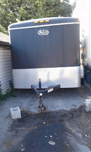14 ft enclosed trailer Tandem with 4 wheels excellent condition