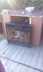 Electric Fire Place warm up house, perfect winter/christmas! OBO