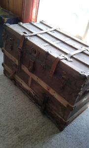 antique steamer trunks