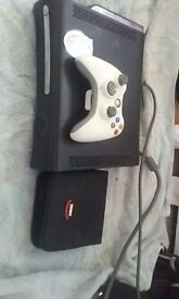 Xbox 360 Elite + 16 Games and 1 Controller