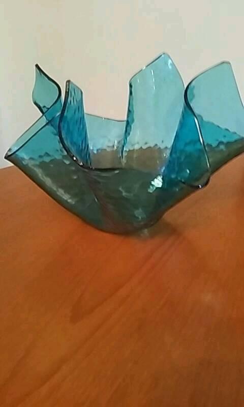 Glass hankie vase
