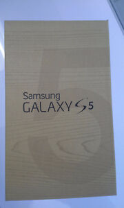 Like Brand New!!! Samsung S5, Unlocked, all networks Wind also