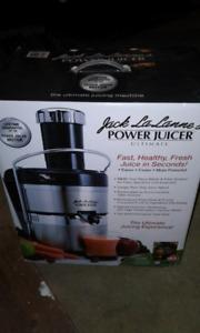 Juicer  brand new in box
