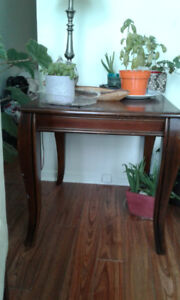 MOVING 2 Victorian style Side Tables