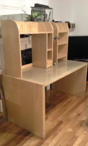 Bureau IKEA plaqué bouleau