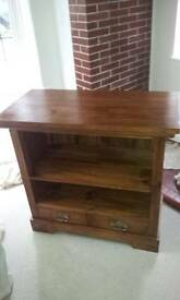 Solid wood Sideboard/drinks cabinet