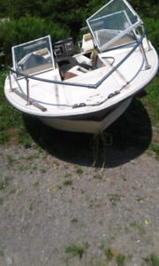 Boat for parts or to redue