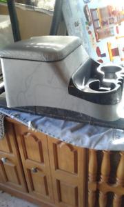 Cup holder / storage bin