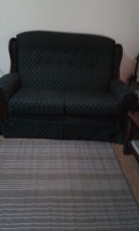 Lounge suite $100.00 located Moonta Moonta Mines Copper Coast Preview