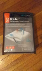 Dri-Tec® 5.0 Pillow Protector - Queen.New Factory packaged.