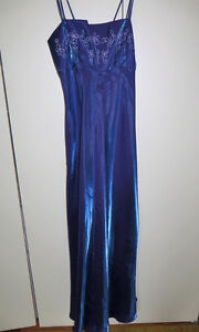 Special Occasion Dresses Kitchener / Waterloo Kitchener Area image 4