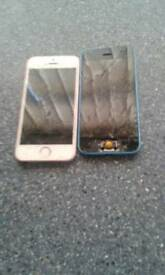 2 iPhones one's an se the other a 5c both screens broke won't turn on