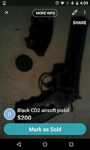Black CO2 airsoft revolver