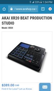 AKAI XR20 BEAT PRODUCTION STUDIO