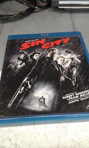 BLUE- RAY DVD'S FOR SALE - EXCELLENT CONDITION - $40 (VANCOUVER)