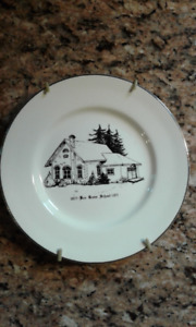 Vintage Collectible Boxgrove Plate