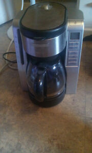 *BLACK &DECKER* ELECTRONIC COFFEE MAKER