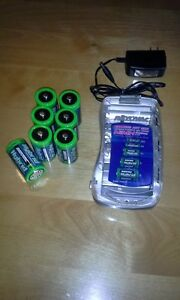 Chargeur Rayovac universel ps3(NiMH)avec 8 batteries rechargable