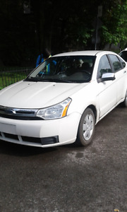 2009 Ford Focus Sedan. 2 lt