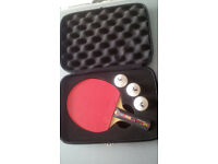 DONIC TABLE TENNIS BAT - COME WITH CASE & 3 BUTTERFLY BALLS - HAND SHAKE GRIP