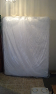 Queen Spring Wall box spring & mattress set with frame like new