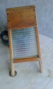 WASHBOARD ANTIQUE