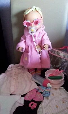 Baby Born Mit Kleidung und Brille Schnuller so wie es auf den Fotos ist zusehen  (Baby Mit Brille)
