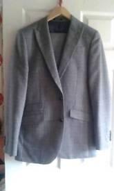 New mans suit
