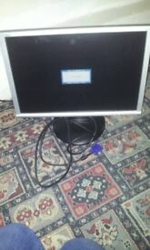 """19"""" lcd pc monitor In working order"""
