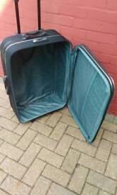 Suitcase, liqum, 25 x 18 inches large