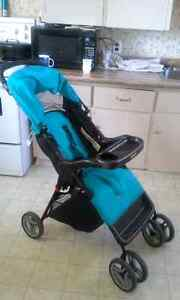 stroller carrier carseat deals locally in new glasgow baby items kijiji classifieds. Black Bedroom Furniture Sets. Home Design Ideas