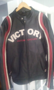 VINTAGE VICTORY XXL LEATHER MOTORCYCLE JACKET***NEVER WORN TAGS