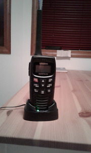 New Uniden Atlantis 150 Handheld Floating VHF Radio