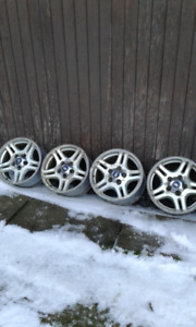 4- 17 x 7.5 Ford rims for sale