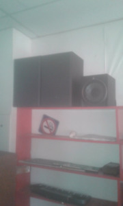 Concert speakers two fenders two Yamaha and subwoofer