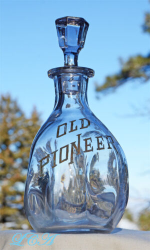 Antique OLD PIONEER whiskey SALOON PINCH back-bar decanter S. F. Brand