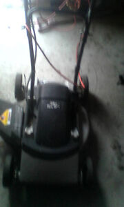2 Lawnmowers for sale 1 electric 1 push.