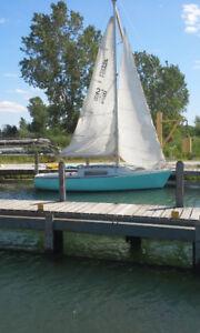 Morgan 22' sailboat